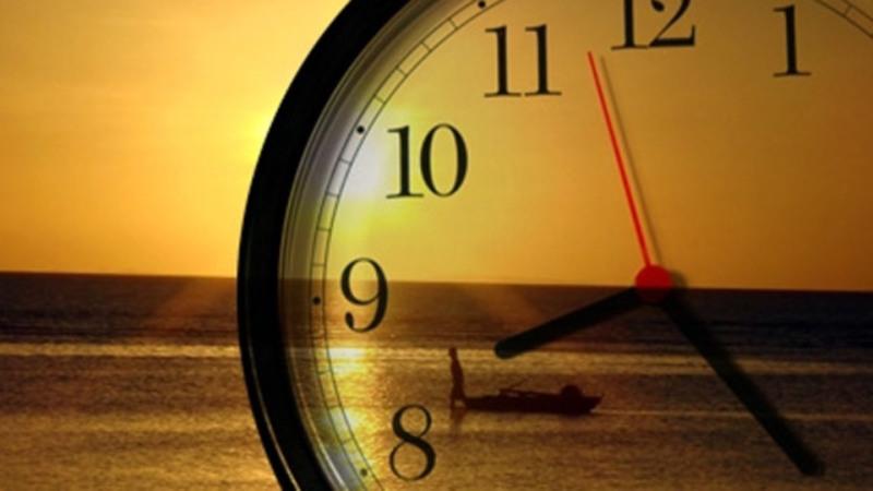 9715e54042e ECONOMIA  Horário de verão acaba e relógio deve ser atrasado em 1 hora -  Arara Azul FM