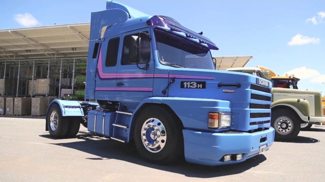El día que Diego Maradona compró un camión Scania para escapar de los periodistas