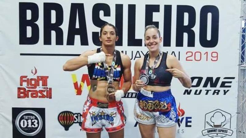Maringaense Geovana Assis é prata no Brasileiro de Muay Thai - Orlando Gonzalez