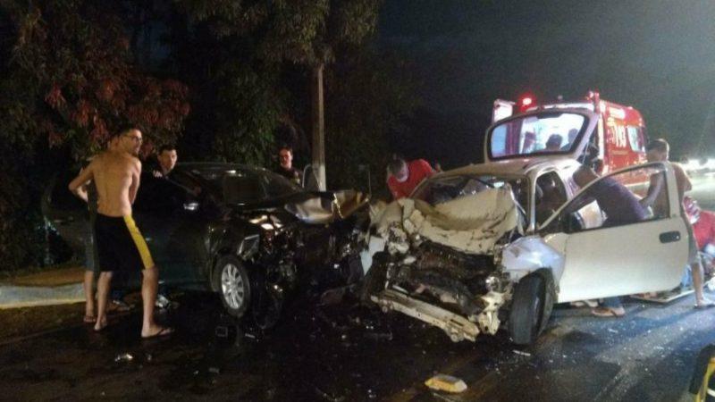 Acidente entre carros faz uma vítima fatal na BR-280, em