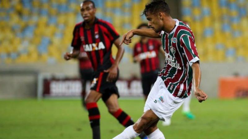 Fluminense perde a chance de assumir a liderança após empate com  Atlético-PR - Rádio ESPORTESNET 7ba7331acee59