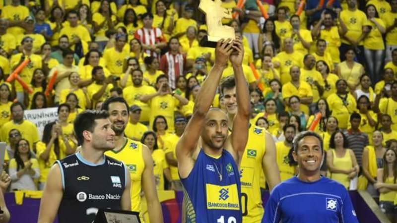 Sede em Guarulhos e Camisa do Corinthians  A equipe de Serginho - Rádio  ESPORTESNET 292e6cc5901e6